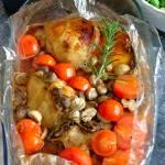 Udka kurczaka w rozmarynie (z pieczarkami i pomidorkami koktajlowymi)