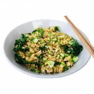 Smażony ryż na szybko z jarmużem