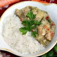 Gulasz z mnóstwem warzyw i ryżem