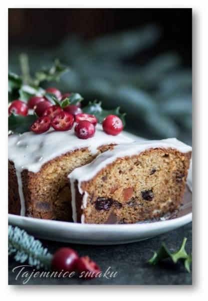 Świąteczny keks z bakaliami i cytrynowym lukrem