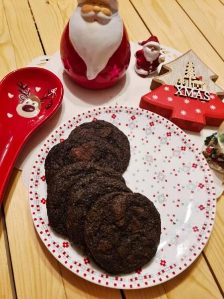 Amerykańskie ciasteczka z gorzką czekoladą