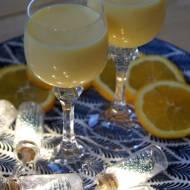 Pomarańczowy likier jajeczny