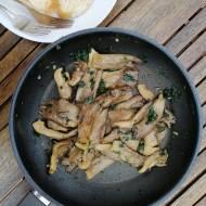 Hiszpania - Boczniaki smażone z czosnkiem i natką pietruszki (Setas salteadas con ajo y perejil)