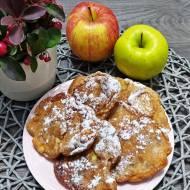 Racuchy z jabłakami i daktylami