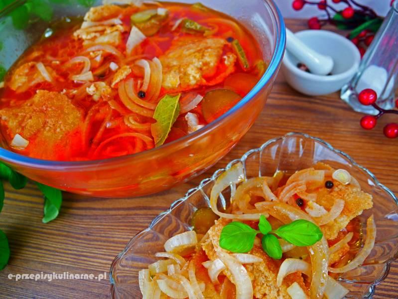 Ryba w zalewie pomidorowo-octowej