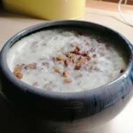 Domowy smalec ze skwarkami i cebulką