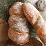 Chleb orkiszowy ubijany w dwóch odsłonach