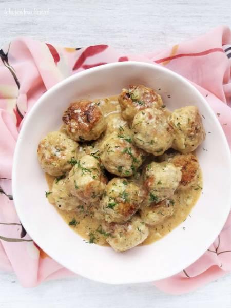 Klopsiki w sosie własnym / Meatballs in Gravy