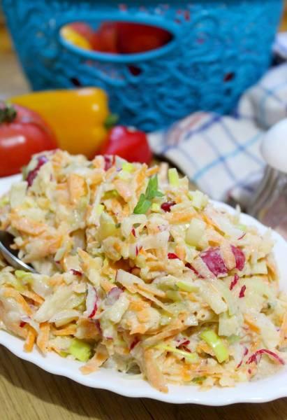 Kolorowa surówka obiadowa