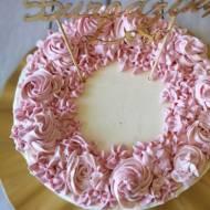 Tort urodzinowy krok po kroku – przepis i dekoracje