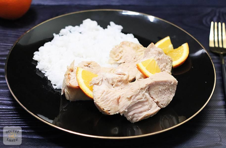 Filety z indyka w sosie pomarańczowym