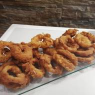 Krążki cebulowe (onion rings)