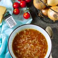 Zupa cebulowo-pomidorowa