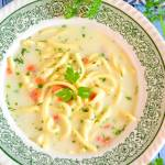 Zupa koperkowa z lanym ciastem