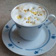 Kawa waniliowa z białą czekoladą