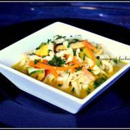 Makaron konjac w sosie curry