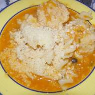 pomidorowa zupa z pulpetami, makaronem,parmezanem...