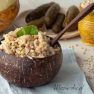 Kasza pęczak z kapustą i kiełkami – prosty wege obiad