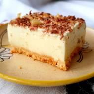 Cytrynowy sernik bez pieczenia na ciastkach