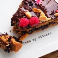 Wegański tort o smaku ciasteczek