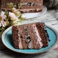Tort czekoladowy z trzema kremami