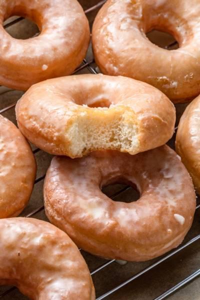 Puszyste donuty (6 składników)