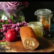Kakaowa rolada z jabłkowym kremem