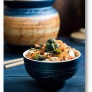 Wegańskie kimchi, czyli koreańska kiszonka z wodorostami wakame
