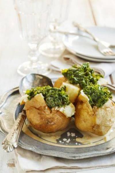 Ziemniaki zapiekane z jarmużem