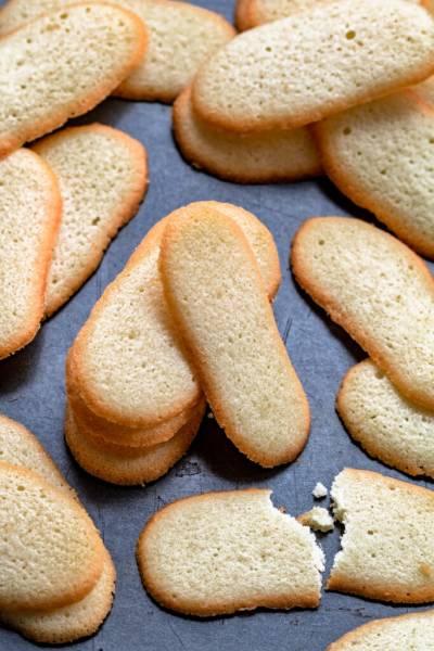 Kocie języczki – ciasteczka na białkach (4 składniki)