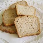 Szybki chleb żytni z tartym jabłkiem
