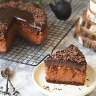 Śliwka w czekoladzie z chrupką (sernik na zimno)