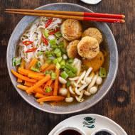 Orientalna zupa rybna  z pulpecikami