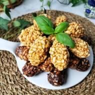 Szyszki z ryżu preparowanego, czekolady i kajmaku