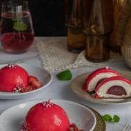 Jogurtowo-malinowe desery jednoporcjowe