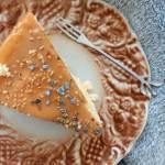 Sernik waniliowy z pomarańczową nutą.