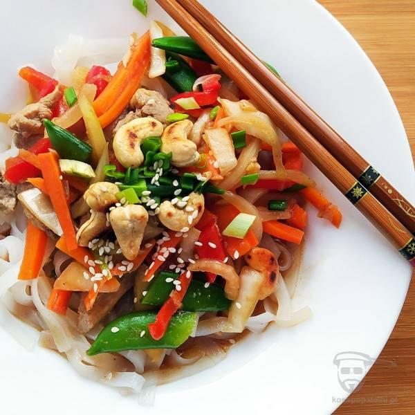 Polędwiczki wieprzowe stir-fry z warzywami