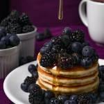 Amerykańskie pancakes z owocami
