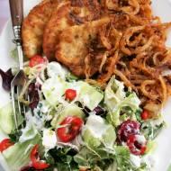 Filet z kurczaka z chrupiącą cebulką (marynowane w majonezie)