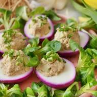 Jajka faszerowane tuńczykiem i awokado