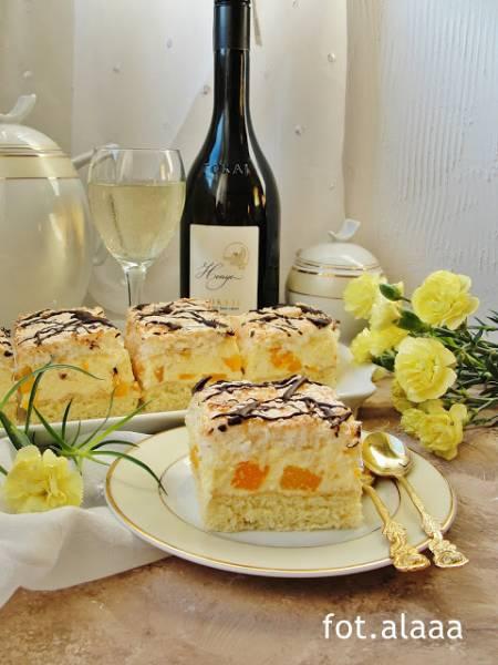 Ciasto brzoskwiniowo kokosowe