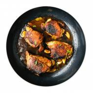 Kurczak adobo w delikatnym sosie