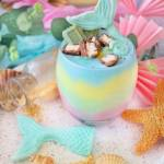 Tęczowy deser jogurtowy