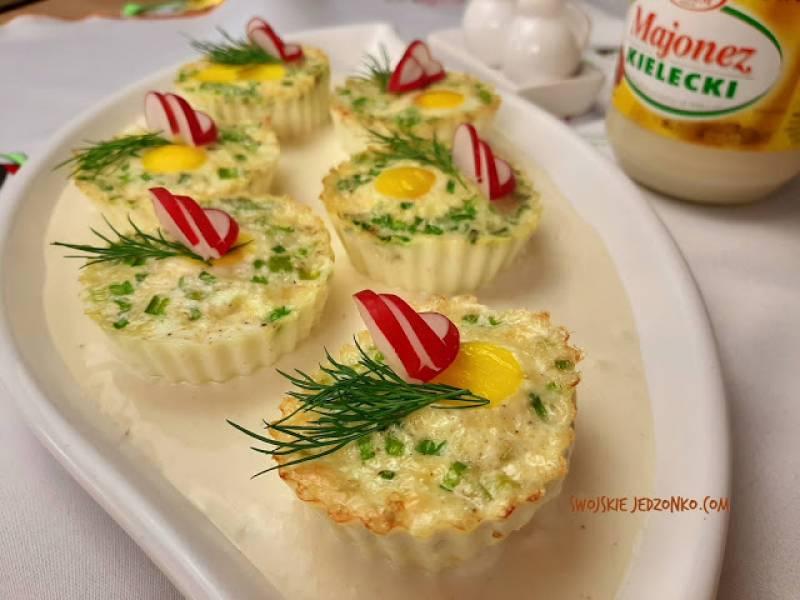 Muffinkowe jajka w sosie majonezowym