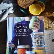 Ciasto z tahini, sezamem i pomarańczą oraz recenzja książki Chloe Sucree - Raz na tydzień.