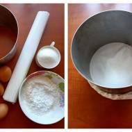 KLASYCZNY BISZKOPT DO WYSOKIEGO TORTU I PODSTAWOWY KREM MAŚLANY POD MASĘ CUKROWĄ – JAK ZROBIĆ TORT OD PODSTAW?