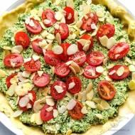 Quiche z tofu, szpinakiem i pomidorami – wersja wegańska