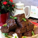 Ciasto czekoladowe mieszane łyżką