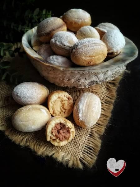 Orzeszki z kremem kajmakowym i czekoladowym