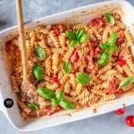 Feta Pasta – makaron z fetą i pomidorkami